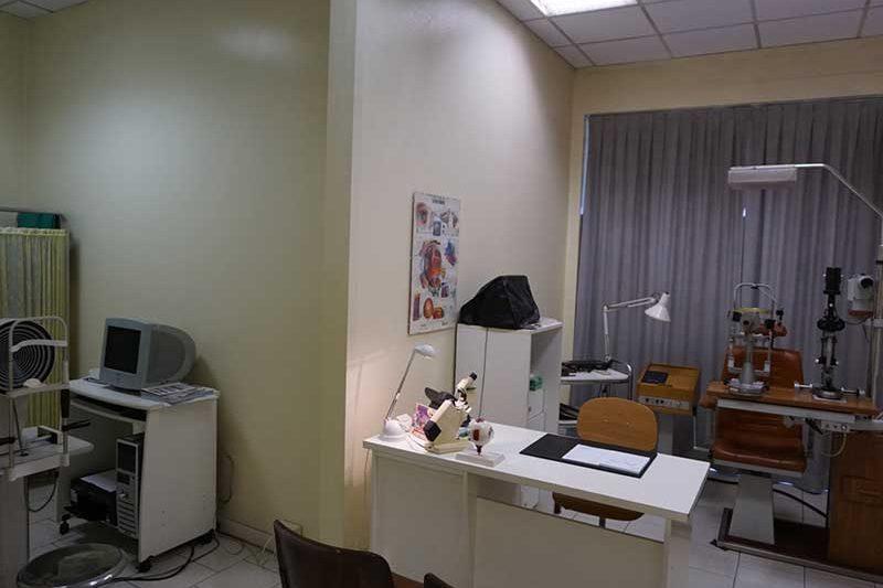 Studio Oculistico Visite mediche Oculistiche Diagnostica Atti Terapeutici parachirurgici (Anestesia Topica)